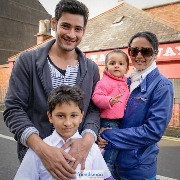 Mahesh-Babu-Family-Photos-Friendsmoo (1)