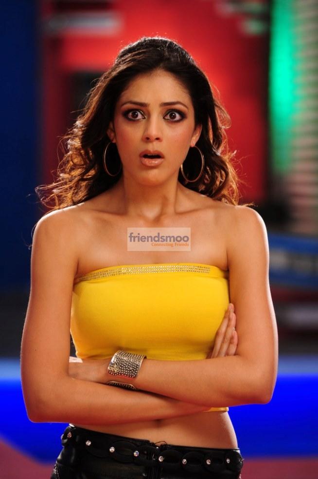 Parvathi Melton  (1)